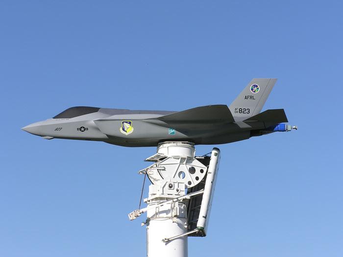f-35-antennae-model.jpg